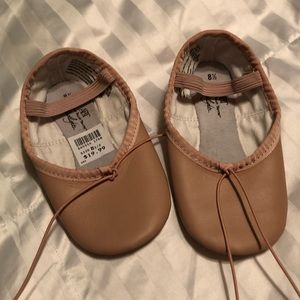 Other - NWT TODDLER BALLET SLIPPERS, size 8.5
